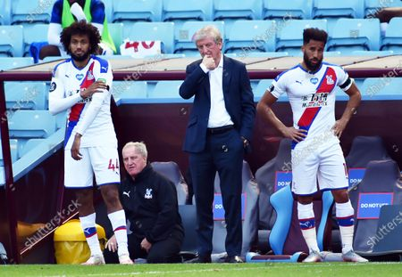 Crystal Palace's manager Roy Hodgson (C) reacts during the English Premier League soccer match between Aston Villa and Crystal Palace in Birmingham, Britain, 12 July 2020.