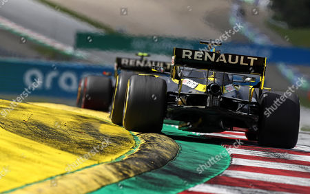 Renault driver Daniel Ricciardo of Australia steers his car during the Styrian Formula One Grand Prix race at the Red Bull Ring racetrack in Spielberg, Austria, Sunday, July 12, 2020. (Mark Thompson/Pool via AP)