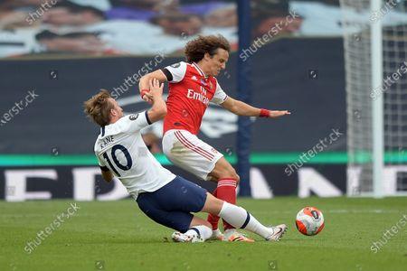 Harry Kane of Tottenham Hotspur clashes with David Luiz of Arsenal during the Tottenham Hotspur vs Arsenal Premier League Football match at the Tottenham Hotspur Stadium on 12th July 2020