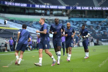 Spurs warm up before the Tottenham Hotspur vs Arsenal Premier League Football match at the Tottenham Hotspur Stadium on 12th July 2020