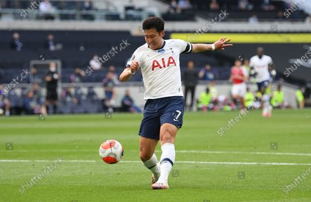 Son Heung-min of Tottenham scores the 1-1 equalizer during the English Premier League soccer match between Tottenham Hotspur and Arsenal FC in London, Britain, 12 July 2020.