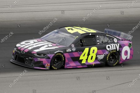 Jimmie Johnson (48) drives during a NASCAR Cup Series auto race, in Sparta, Ky
