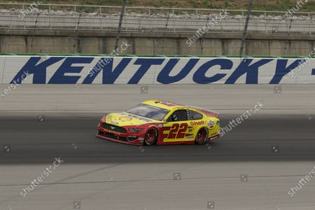 Joey Logano (22) runs during a NASCAR Cup Series auto race, in Sparta, Ky