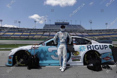 Austin Dillon (3) waits for the start of a NASCAR Cup Series auto race, in Sparta, Ky