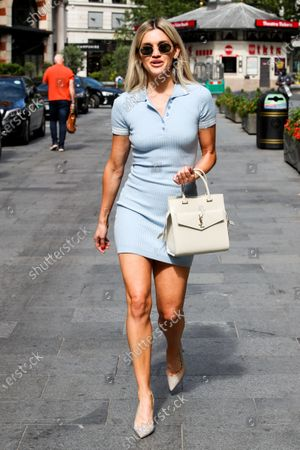 Photo éditoriale de Ashley Roberts out and about, London, UK - 13 July 2020
