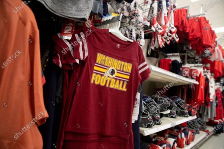 A Washington Redskins shirt for sale at a store in Alexandria, Virginia, USA, 13 July 2020. The National Football League's Washington Redskins will change the Redskins name and logo, the team announced in a statement on 13 July 2020. The new name has not been announced. The Redskins name has been criticized as an offensive ethnic slur.