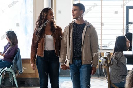 Alisha Boe as Jessica Davis and Jan Luis Castellanos as Diego Torres