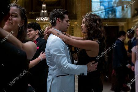 Brandon Flynn as Justin Foley and Alisha Boe as Jessica Davis