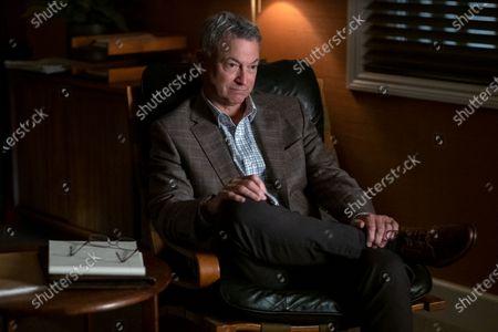 Gary Sinise as Dr. Robert Ellman