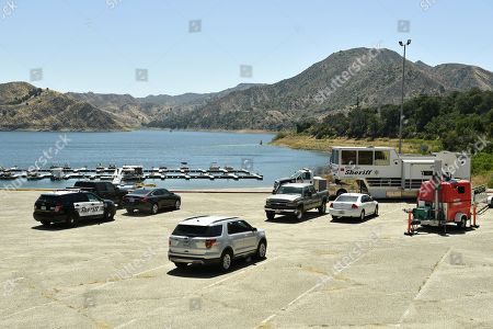 Image libre de droits de Ventura County command post at Lake Piru where a body has been recovered during the search for Naya Rivera