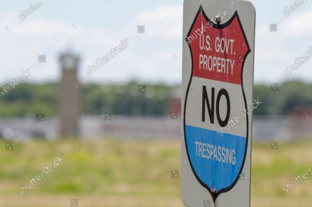 No trespassing sign at the federal prison in Terre Haute, Ind., is shown . Daniel Lewis Lee, a convicted killer, was scheduled to be executed at 4 p.m. in the. He was convicted in Arkansas of the 1996 killings of gun dealer William Mueller, his wife, Nancy, and her 8-year-old daughter, Sarah Powell