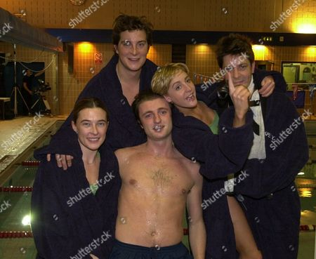 London Charity Swim Between Mps And Peers Held At City Of London School A Celebrity Team Back Row L-r Bear Grylls Flora Montgomery And Hamish Clark. Front Row L-r Gillian Revie And Sebastian Dunne.