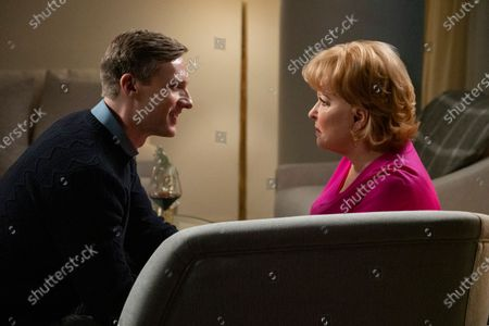 Teddy Sears as William and Bette Midler as Hadassah Gold
