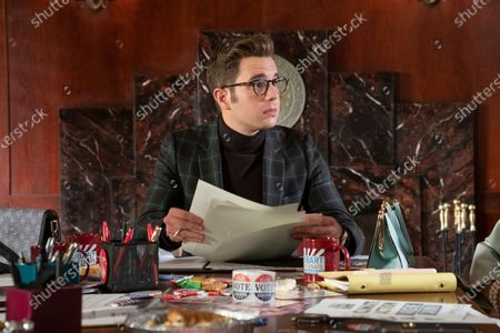 Ben Platt as Payton Hobart