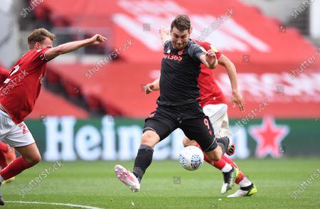 Ashton Gate Stadium, Bristol, England; Sam Vokes of Stoke City lines up a shot a goal; English Football League Championship Football, Bristol City versus Stoke City.