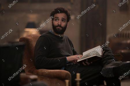 Marwan Kenzari as Joe