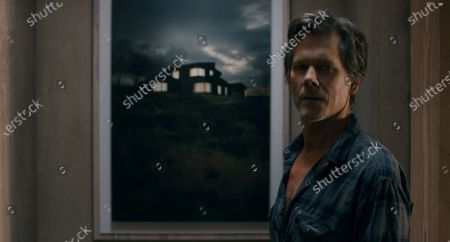 Kevin Bacon as Theo Conroy