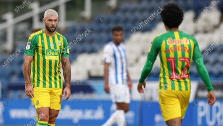 Charlie Austin of West Bromwich Albion dejected after the 2nd goal scored by Emile Smith Rowe of Huddersfield Town