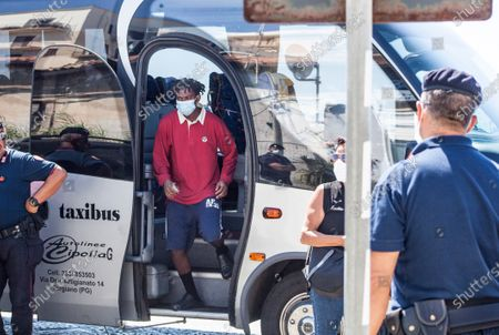 11 of the 30 Covid-19 positive migrants hosted on ship Moby Zaza were cured. In the '' red zone '' created on the quarantine ship, there are currently 19 people