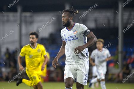 Cincinnati defender Kendall Waston (2) sets up for a play during an MLS soccer match against the Columbus Crew, in Kissimmee, Fla