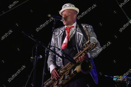 """Angelo Moore of """"Fishbone"""" performs onstage at Concerts in your Car at the Ventura County Fairgrounds, in Ventura, Calif"""