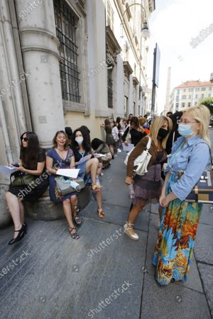 Aspiring actresses arriving for the casting for the movie which will be directed by Ronn Moss