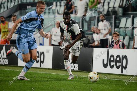 Blaise Matuidi of Juventus in action during The Serie A football Match Juventus FC vs Lazio. Juventus FC won 2-1 over Lazio at Allianz Stadium, in Turin.