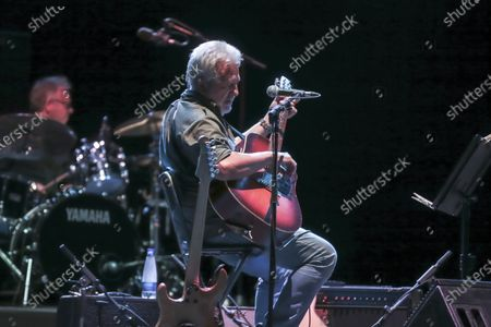 Stock Photo of 'The Musicians' by Francesco Guccini with Neri Marcore
