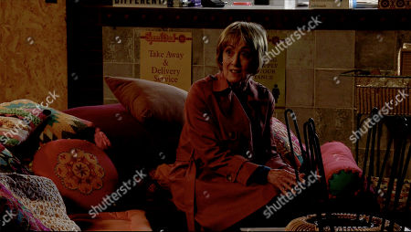 Coronation Street - Ep 10095 Friday 31st July 2020 Alya Nazirand Elaine, as played by Paula Wilcox, meet up secretly in Speed Daal. Alya implores her not to leave as she's their only hope of securing Yasmeen's freedom. Elaine's torn.