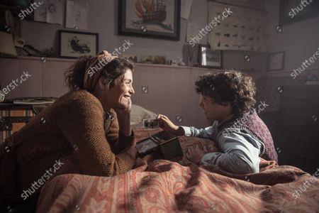Gemma Arterton as Alice and Lucas Bond as Frank