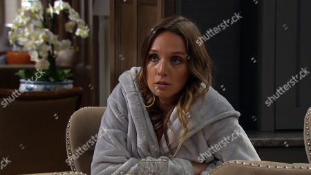 Emmerdale - Ep 8818 Friday 7th August 2020 Andrea Tate, as played by Anna Nightingale, starts to question whether Jamie Tate's as happy to be back with her as he's letting on.