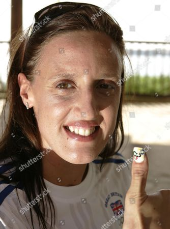 Karen Pickering Swimming 4 X100m Relay Shows Of Her Olympic Rings Finger Nail. Cyprus 2004 Olympic Holding Camp.