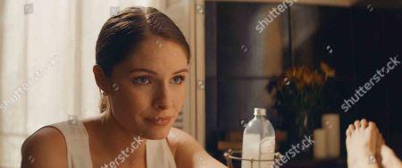 Olivia Grace Applegate as June
