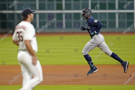 Seattle Mariners' Kyle Lewis (1) runs the bases after hitting a home run off Houston Astros starting pitcher Justin Verlander (35) during the second inning of a baseball game, in Houston