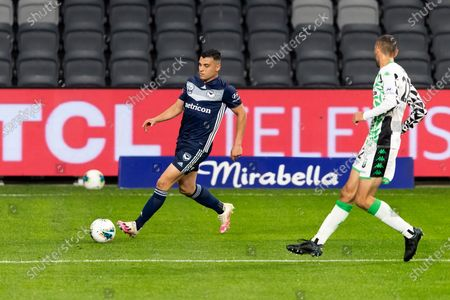 Melbourne Victory forward Andrew Nabbout (9) crosses the ball