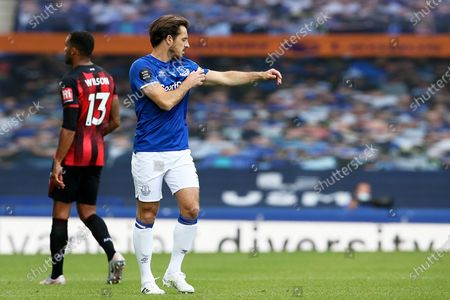 Everton defender Leighton Baines (3) pulls on the captains armband for the last time as he announced his retirement after the game during the Premier League match between Everton and Bournemouth at Goodison Park, Liverpool