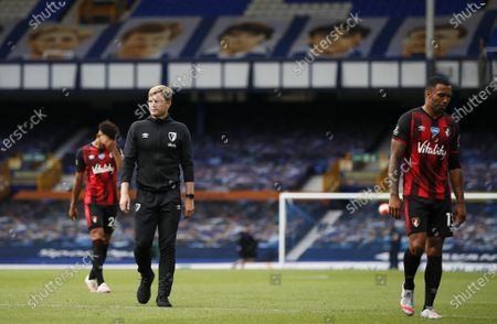Manager of A.F.C. Bournemouth Eddie Howe (C) and his players react dejected after the English Premier League match between Everton and AFC Bournemouth in Liverpool, Britain, 26 July 2020.
