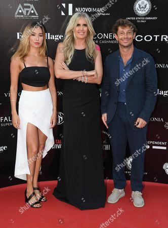 Tiziana Rocca with Giorgio Pasotti and Claudia Tosoni