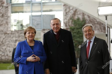 Chancellor Angela Merkel and UN Secretary General António Guterres welcomes the Denis Sassou-Nguesso, President of the Republic of the Congo,  in the courtyard of the Federal Chancellery to the Libya conference in Berlin