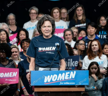 Diana Taylor speaks during Mike Bloomberg 2020 launch Women for Mike at Sheraton New York