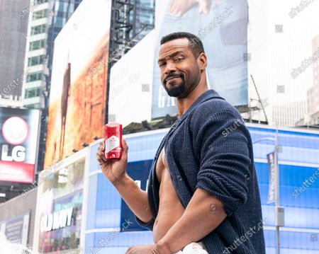 Obraz dziennikarski: NY: Old Spice promotion on Times Square, New York, United States - 23 Jan 2020