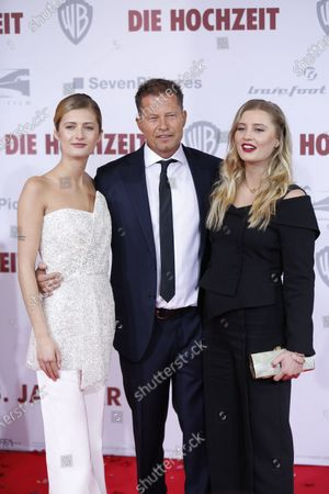 Lilli Schweiger, Director and actor Til Schweiger and Luna Schweiger on the red carpet in front of the Zoo Palace.