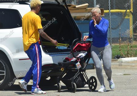 Exclusive - Amber Rose, Alexander Edwards and their new baby Slash Electric Alexander Edwards, are seen out in Studio City