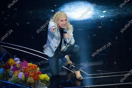 Stock Image of Rita Pavone, guest on the Domenica In program at the Ariston Theater in Sanremo.