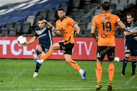 Andrew Nabbout of Melbourne Victory takes a shot on goal; Bankwest Stadium, Parramatta, New South Wales, Australia; A League Football, Melbourne Victory versus Brisbane Roar.