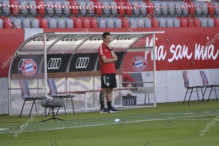 Co-Trainer Miroslav Klose (FC Bayern Muenchen) vor dem Spiel