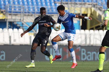 Sampdoria's Ronaldo Vieira (L) and Brescia's Aye' Florian in action during the Italian Serie A soccer match Brescia Calcio vs UC Sampdoria at the Mario Rigamonti stadium in Brescia, Italy, 01 August 2020.