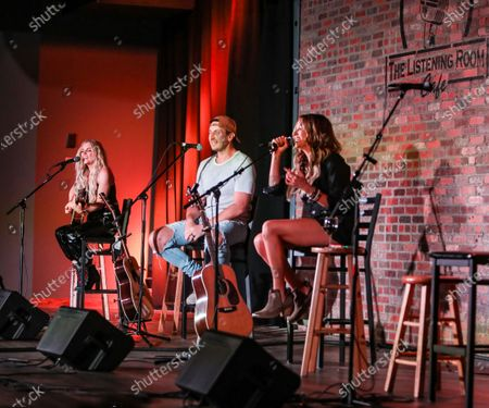 Lindsay Ell, Russell Dickerson, Carly Pearce perform