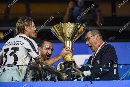 Maurizio Sarri Coach (Juventus) with Trophy
