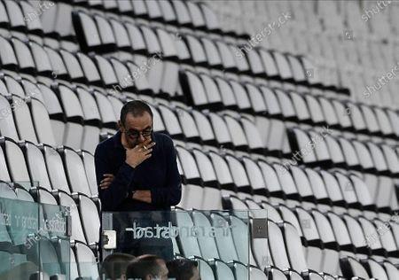 Coach Maurizio Sarri of Juventus FC Smoke during the game